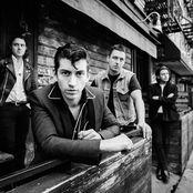 Arctic Monkeys – old yellow bricks